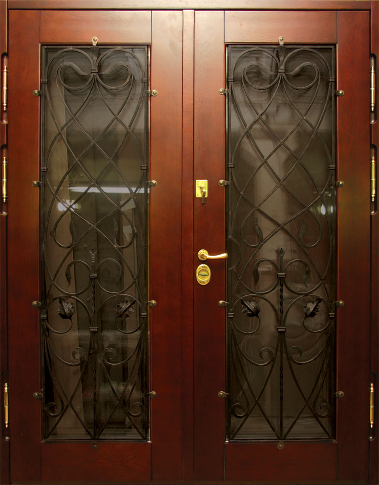 отечественные металлические двери со стеклом